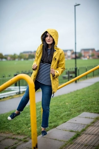 """Autumn Feels"" - 3 New Outfits to keep your autumn wardrobe updated  #autumn #autumnwear #autumnfashion #lookbook #officewear #officeoutfit #croppedjeans #sneakers #raincoat #laceskirt #printshirts #cardigan #blockshoes"