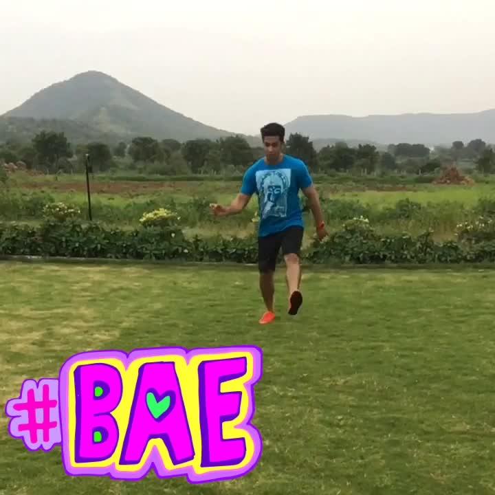When your #bae says #iloveyou ❤️🤗 #malharpandya #lovegoals #lovemylife #happytohaveyou #luckytohaveyou in my #life ##bae