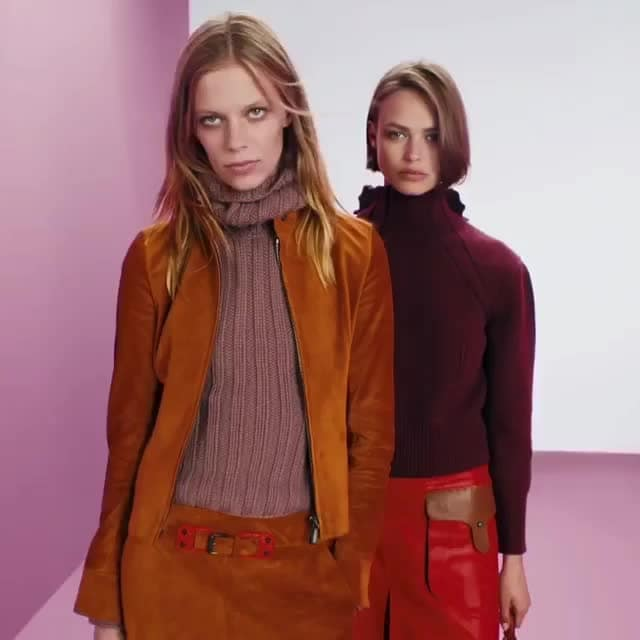 Checkout @bottegaveneta 's Cruise 2018, with jewel tones, tactile textures & the PIAZZA; and a perfect balance of sartorial & the sporty for men. Coming soon!  Source: Genesis Luxury #luxurybrands #bogettaveneta #internationalbrand #premium #collection #premiumbrand #luxurybrand #onlinecllection #topnotch #luxurylifestyle #newcollection