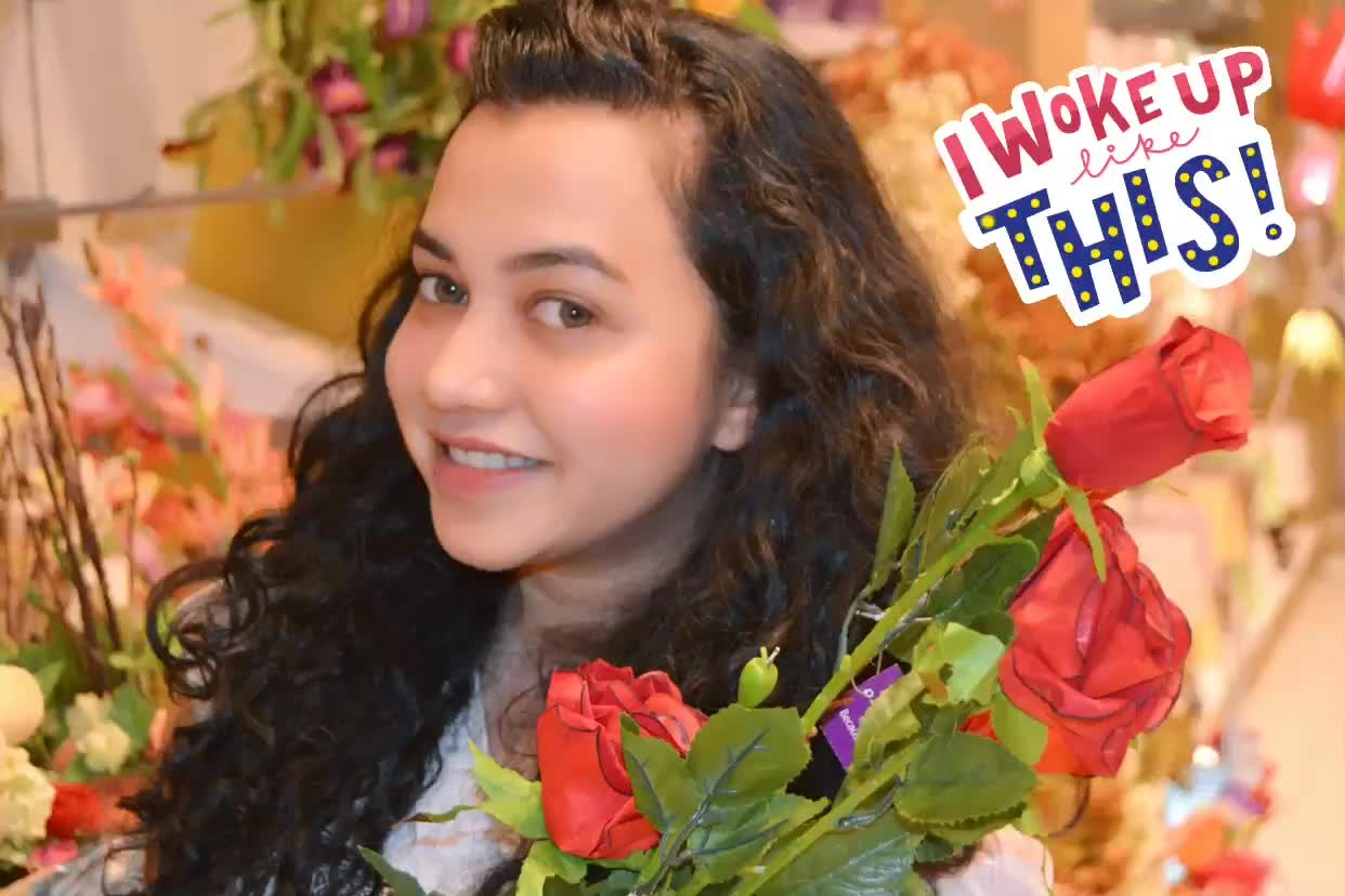 #floralvibes #floral beauty #natural-look #curlygirly #soroposo #roposotalks #iwokeuplikethis