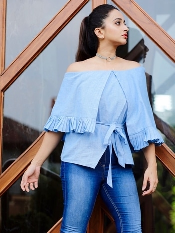 #blogger #fashion #trendalert #ruffles #ootd #thefuschianfuss #fashionblogger