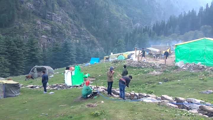 #musafirchannel  #roposotalenthunt  #trveller  #kheerganga #himachali #mountain-hiking