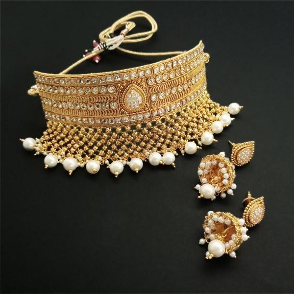 !!!! Royal Rendition !!!! Get Here- https://goo.gl/PDJKue #Shop #Ethnic #Weddinglook #Chokerstyle #ADstone #Jewelry #jewelmaze