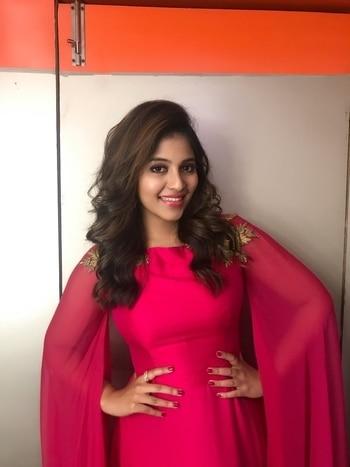 Anjali at Baloon movie audio launch in costume designed by Sathya NJ F H #anjali #southindianactress #tamilactress #kollywood #kollywoodactress #pink #pinkdress #pinklove #sathyanj #fashion #style #partywear #luxurylifestyle