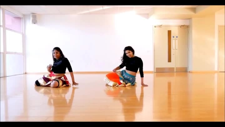 Perfect combination of Bollywood moves, sensuality and expressions.  Dance: Ayeshafiroze, Trishaghosh Styles: #Bollywood Song: Piya More | Baadshaho  For more dance videos download @danceninspire app (http://dni.dance/app)  #piyamore #baadshaho #dancecover #sizzling #dance #performance #duet #romantic #dancetrack #bollywooddance #sunnyleone #emranhashmi #bollywoodlovers #sensuous #dance #dancelove #dancepassion #expression #trending #inspiring #dancevideo #dni #danceninspire