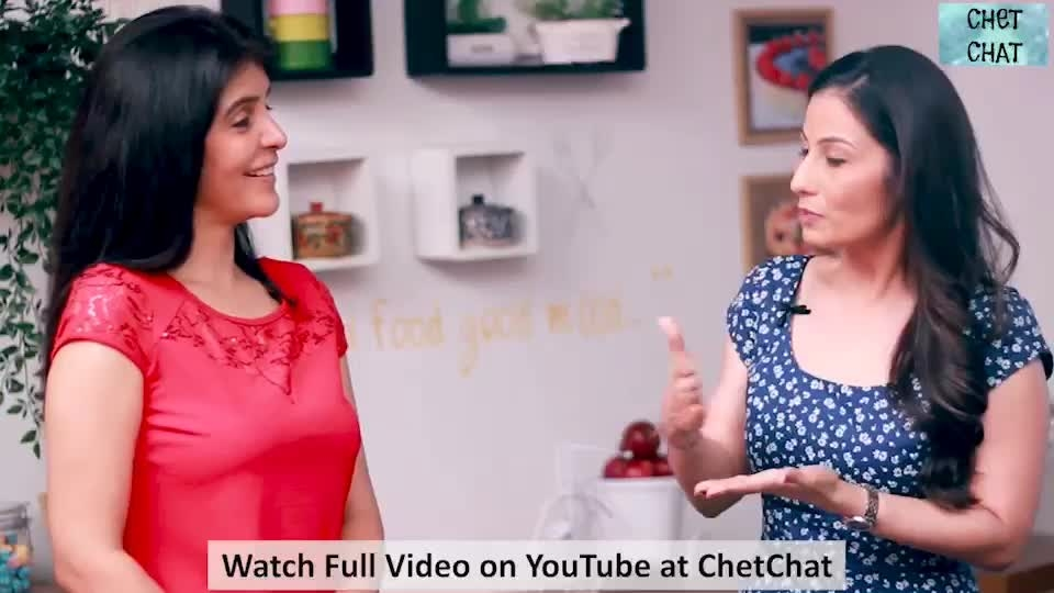 The things Vegetarians go through when they travel abroad... 😆🤛 That & a lot more as I CHIT CHAT with CHeT CHAT. Coming  up tomorrow.. Make sure you have subscribed to Chet Chat on YouTube - http://bit.ly/2AU0Ar7  #ChefMeghna #ChetChat Chet Chat #ComingUp #YouTube