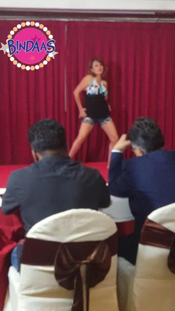 #DancingDiva #VeitnamDiaries #MrsIndiaWorldwide contest #Season7 #2017 #bindaas