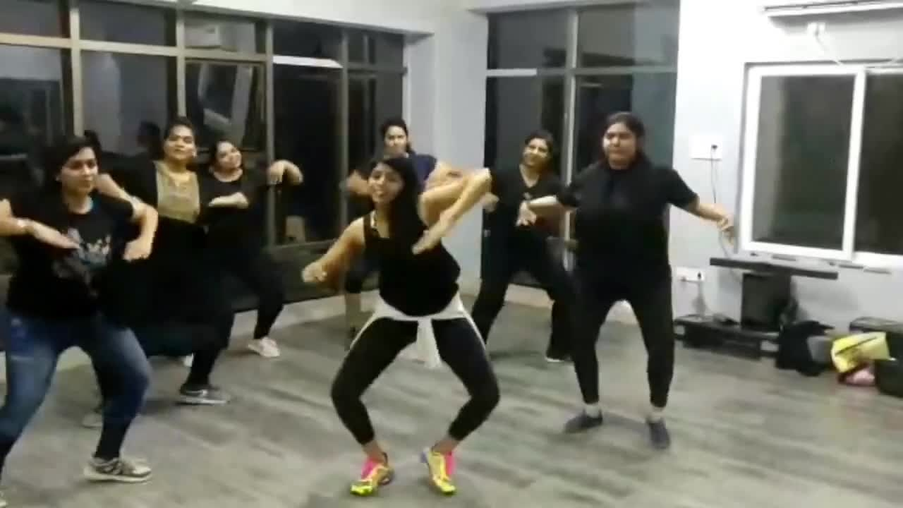 #Roposoletsnacho #Zumba #migente #dance #fitness #motivation #cardio #zumbalove #danceislife