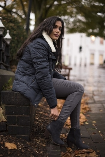 Winter Dressing with FatFace  #fatface #boots #winterfashion #winter-style #winterwear #jumper #ankleboots #jeggings #jeggingsfashion #blackjumper  #jacket #jacketlove #pufferjackets