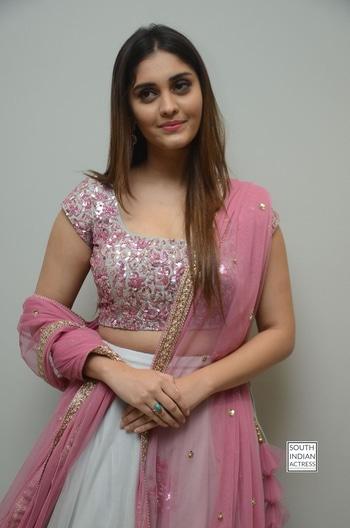 Surbhi stills at Okka Kshanam Movie Trailer Launch http://www.southindianactress.co.in/telugu-actress/surabhi/surbhi-okka-kshanam-movie-trailer-launch/ #surbhi #surabhi #actresssurabhi #southindianactress #teluguactress #tollywood #tollywoodactress #indianactress #actress #actressfashion #actressstyle #actressdress #lehengacholi #lehenga #pink #pinklehenga #fashion #style #indianfashion #indianstyle #indiandress