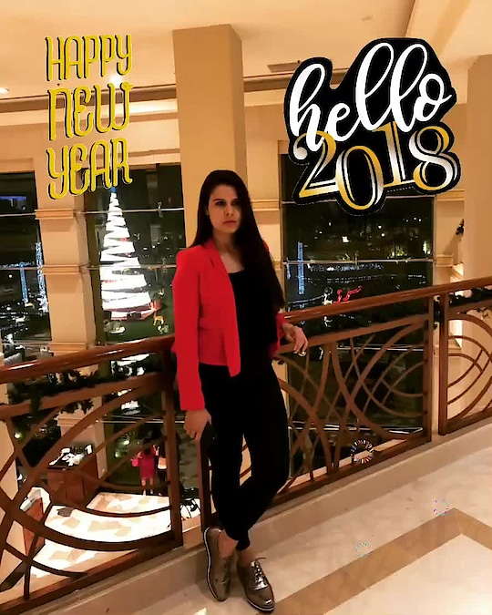 2017 was full of learning and new surprises. 🤗Welcoming 2018 with excitement to work hard and be humble always 😘 #happynewyear2018 #happynewyear #hello2018 #celebration