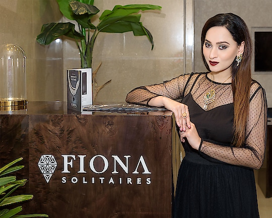 Did You Know About Grown Diamonds From Fiona Solitaires?  Hello My Stunners! So as 2017 is about to end, I decided to bring for you all some amazing news for all my fellow diamonds lovers and enthusiasts, so that the New Year can start with a bang and bring you all that you wish for.   Full Article - http://www.sassyshifsays.in/grown-diamonds-fiona-solitaires/