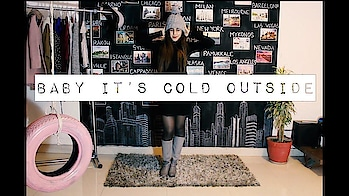 BABY IT'S COLD OUTSIDE | Winter Lookbook  Here's my second YouTube video showing my go to styles this winter. Had so much fun filming this in my room. Hope you like it. Let me know in the comments😁💛  Like. Comment. Share.  Xoxo,K  #indianyoutuber #fashionlookbook #lookbook #winterlookbook #winterlookbook2018 #fashionblogger #fashionyoutuber #ootd #wiwt #picoftheday #soroposo #roposolove #roposofeature #featureme #youtuber #youtubecreators #winteroutfits #outfitinspirations #30k #30kfollowers #roposo-fashion #thelifehatke #kritisingh