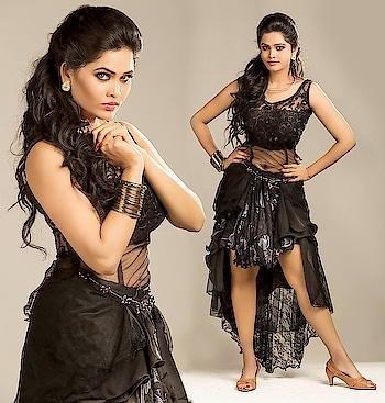 Asmitha Neelamegam #asmithaneelamegam #southindianactress #blackdress #black #indianactress #indianmodel #modelphotoshoot #modelphotography #hodress #hotness #hotblack #blackhot #shortdress