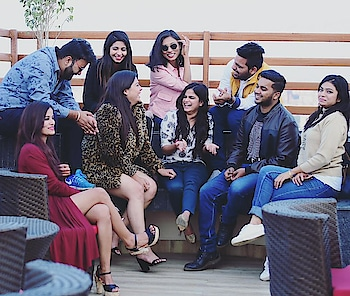 Hey #instagrammers  This is the perfect fake candid we could afford. Well to be very honest this is one of the best meets I had..and the best place for the hangout.!! #Location : @skyhiltonrestaurant #PC📸 : @golden_pixels11  #voggueholic  #lucknow  #lucknowbloggers #lucknowblogger #fallwinters #winters #winterstyle #winterfashion #blacklove #black #lucknowfashion  #fashionfiles