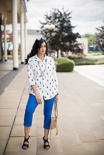 Open your mind to experimenting, and try mixing and matching.  #printshirts #shirt #printshirts #whiteshirt #white #trouser #bluetrousers #necklace #accessorieslove #bohemianjewelry #bohemianstyle #bohemiannecklaces #strappyheels #blackheels
