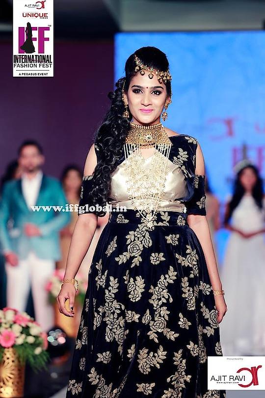 Aditi Ravi in Thasneem Sufiyan Zukni Designs  :)  Ajit Ravi Presents #IFF #International_Fashion_Fest #5th_Edition #Mangalya_Fest #Ajit_Ravi #PegasusEvent #Unique_Times  :)