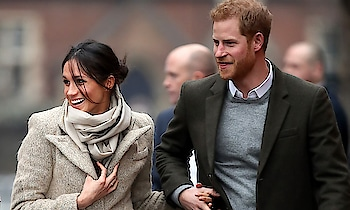Prince Harry and Meghan Markle visited RepresentzRadio in POP Brixton yo see their work supporting young people through creative training in radio and broadcasting. #meghanmarkle #princeharry #theroyals