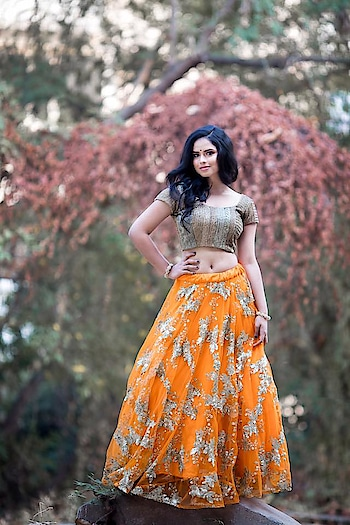 Asmitha & Madhulatha 's new #lehenga design #asmithamadhulatha #asmithaandmadhulatha #lehengacholi #indianwear #traditional #orangeskirt #orange #weddingwear #modelphotoshoot #modelphotography #indianmodel #indianfashion #designerblouse #croptop #croptoplehenga #traditionalwear #bridalwear #indianstyle #indiandress