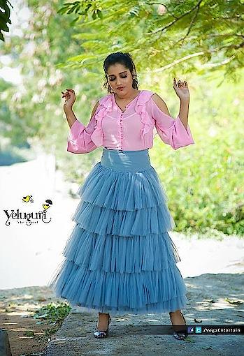 Rashmi Gautam in Ruffled Skirt and top designed by Divya & Varun #rashmigautam #southindianactress #teluguactress #tollywoodactress #tollywood #indianactress #actress #ruffles #ruffletop #ruffleskirt #pinktop #divyaandvarun #skirtandtop #actressdress #actressfashion #actressstyle #fashion #style #fashionphotography #yeluguri