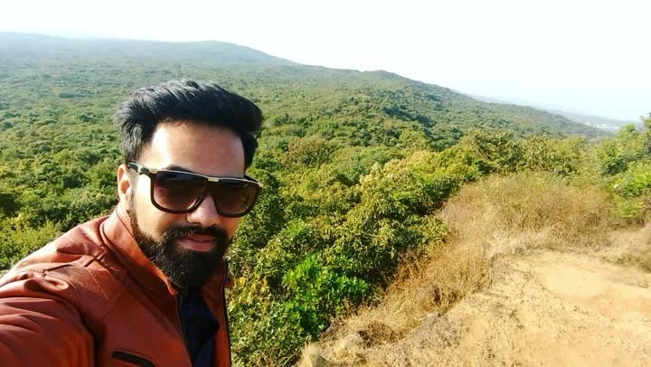 #maharashtra #travel-diaries #nature #mountains #greencarpet #heaven #valleys #forest #trees #landscape #videography #enjoy #life #exploring #paradise #solotraveler #experience #beard #beingme #love  😎🛂