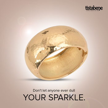 Gift the one who makes your day start with a happy heart. Shop now: https://goo.gl/UhBbhh #designerjewellery