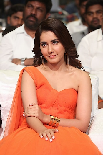 Raashi Khanna Stills From TholiPrema Movie Audio Launch http://www.southindianactress.co.in/telugu-actress/raashi-khanna/raashi-khanna-tholiprema-movie-audio-launch/  #raashikhanna #southindianactress #teluguactress #tollywoodactress #tollywood #indianactress #orange #orangedress #fashion #style #actressdress #actressfashion #indianmodel #indiangirl #hotdress