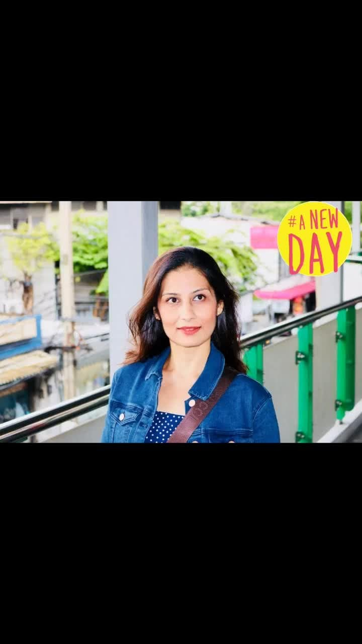 #soulfulsunday   There's a little tiny piece of Sun inside everyone, if you can't see, just look into the eyes a bit closer.. and closer..💋💋💋 Love M. #ChefMeghna #SundayThoughts #SoulSearch #SeeGood #positivevibes #positivequotes #motivational #motivation #MeghnaSays #bepositive #be #sundayvibes #sundaymotivation #sundays #anewday