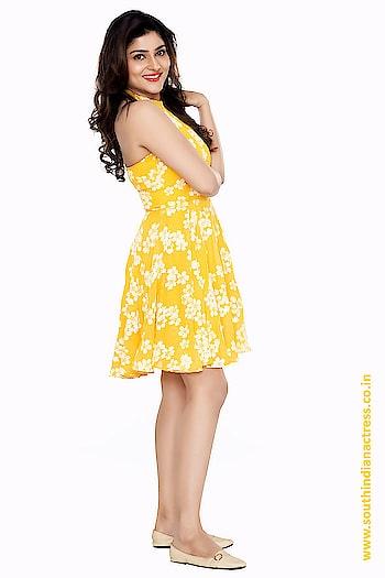 Avantika Shetty Photoshoot Stills http://www.southindianactress.co.in/featured/avantika-shetty-photoshoot-stills/  #avantikashetty #southindianactress #teluguactress #tollywood #tollywoodactress #yellowdress #yellowflowers #yellowfloraldress #shortskirt #shortdress #fashion #style #indianactress #indianmodel #indiangirl #modelphotoshoot #modelphotography #actress #actressdress #actressfashion #celebrityphotoshoot #celebritydress #celebrityfashion