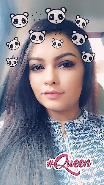 Getting Snappy today 💫💫💫💫 .     #rops-style #makeupartistindia #mua #chennai #chennaiyoutuber #chennaifashion #chennaiblogger #youtuber #trendingnow #followme #like #share #roposolive #roposolove #roposotimes #featureme #feature #queen