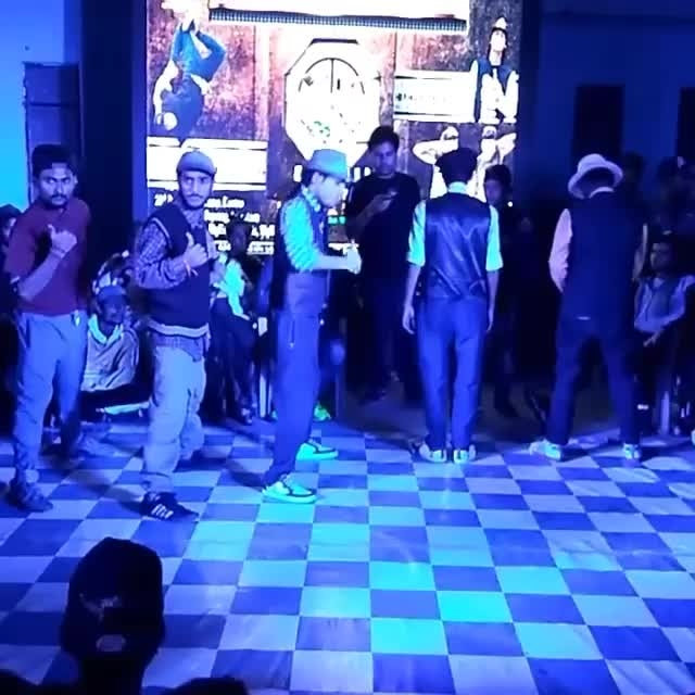 This is MAD! Watch and get into repeat mode.  Choreography: Saurabh Verma Styles: #Locking #Hiphop #Bollywood Song: Humko Tumse Pyar Hai | Ishq  For more dance videos download @danceninspire app (App link in bio)  #humkotumsepyarhai #ishq #lockingdance #swag #swaggers #dancebattle #dancecrew #bollyswag #hiphopculture #mustwatch #videooftheday #trending #dance #choreography #inspiring #dancevideo #dni #danceninspire