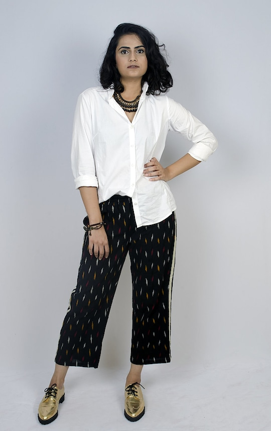 SALE 50% OFF!! Ikat track pants, authentic Indian but trendy!! All elastic band waist and very comfy!!  Only SizeS (waist 28in) and SizeM (waist 30.5in) are available.  Cotton 100%  ----- Please ignore 'out of stock' message when you click 'chat to buy'. It's not true, it's due to a temporary system issue. Let's chat 😉!! -----    Ikat cotton side-striped black pants #pants #palazzo #pantsonline #cotton #pantsonline #ikat #ikatclothes #handloom #cool #comfy #comfortable #cottonpantsonline #cottonpalazzo #ikatpants #coolpants #widepants #comfypants #comfortablechic