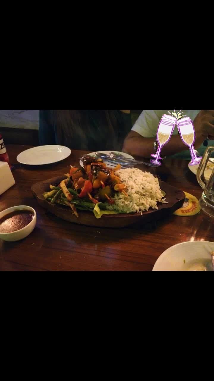 #sizzlers #rice #veggie #tastebest #hot #yummylicious #cheers