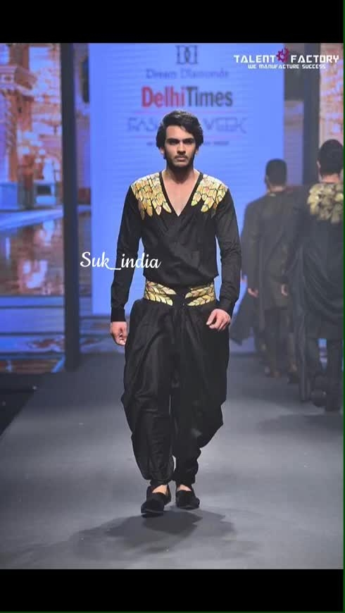 Good things are coming down the road. Just don't stop walking.  #wearSUK #SUK by #suvigyaandkalash #24caratgold #handpaint #dtfw #delhitimesfashionweek #timesfashionweek #talentfactory #fashionweek #fashion #pret #haute #couture #fashiondesigner #fashionblogger #art #artist #men #menswear #dapper #dappermen #love #for #drapes #dapperday @talentfactory_official @timesfashionweek @delhi.times Picture Credits : @talentfactory_official  Model : @danish_suri24