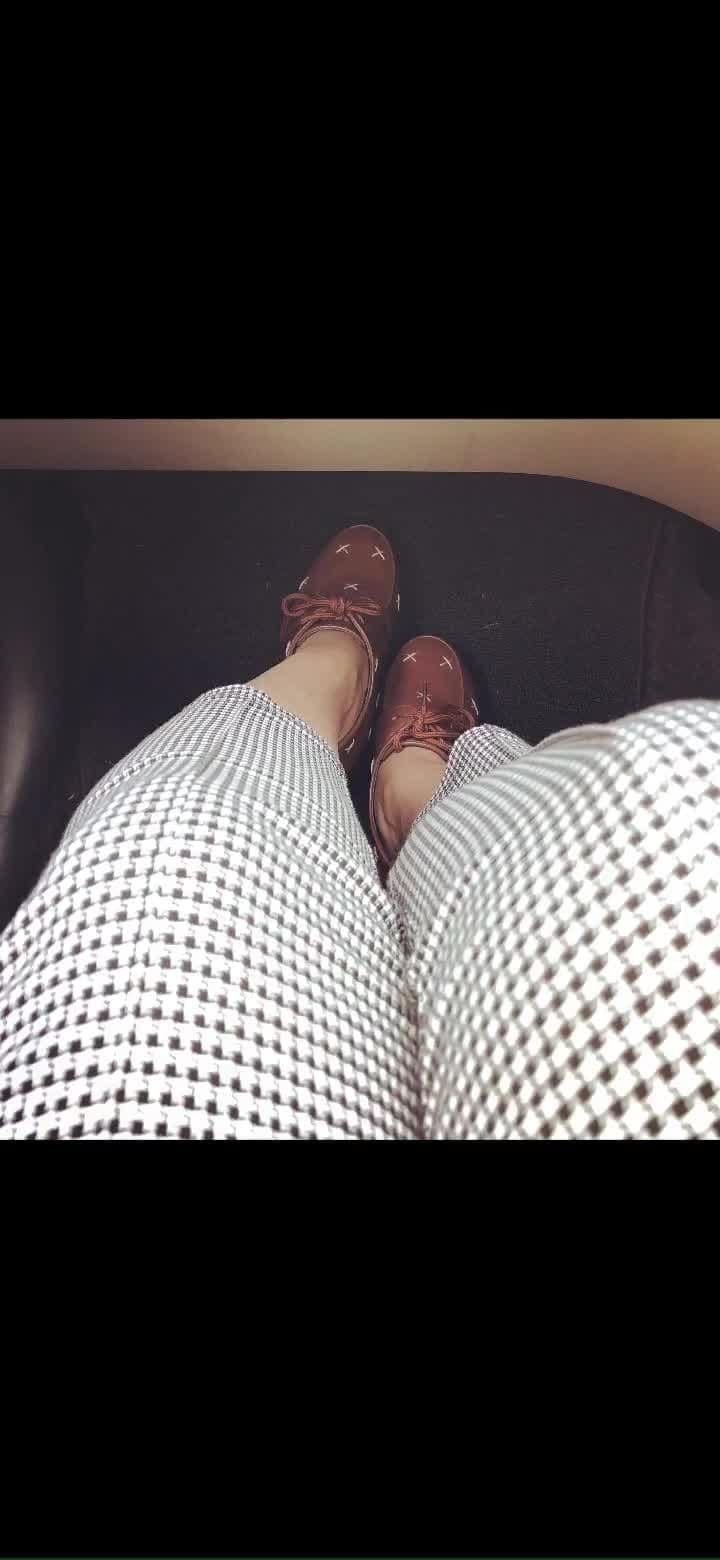 A #CheckeredGirl today! Well, I had not One but Two #statementpieces today! #pants and #shoes. When you feel mundane, your outer appearance is capable of bringing in an inner change for you! 💡Just add a Statement Piece aka a point of visual interest into your look and your day will become more interesting. A statement piece can be anything from shoes to hairstyle and related to anything from colour to texture or print!  I had not just one but two Statement pieces today related to print! Or as its said in fashion world #printonprint ! #checkeredpants #blackandwhite #leathershoes #fauxleather #iloveanimals #ootd #ootdfashion #styleinspo #styleisanattitude #fashionblogger #fashiongram #fashionista #styleblogger #nzblogger #mondayinstyle #instapic #instalike #instalove #foodfashionandfunwithsonal #eat #pray #love #live #laugh