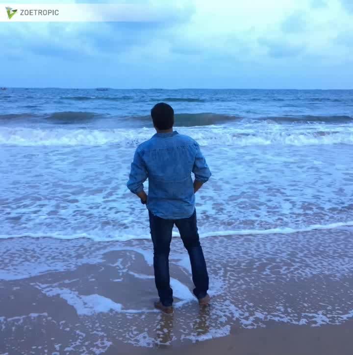 motion picture 👬Long drive with Friends 🚘🎶 #suryalanka #beach  #andhrapradesh  #amaravati  #vijayawada  #friends  #car  #music  #sky   #blue 💙 #bluemoon  #sunset  #waterwaves