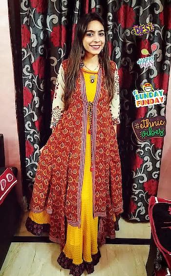 Family Function n Desi Vibes !!!  #familywedding #desiswag #soroposo #mia1photography #happyvibes #ethnicvibes #desi #sundayfunday