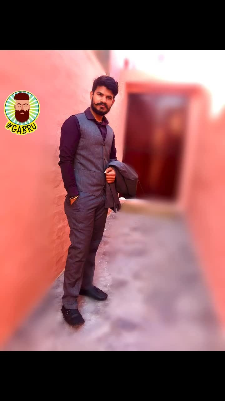Fashion is not what u wear, but what u live!!!! #gabru #suit #suits-for-wedding #menssuits #vanheusen #suit #waist coat @samanthagray #greydress #gabru #insta #roposofashion #fashion #fashionquotient #gentleman #suitings #peterenglandwears #shirts #zaramanshoes #calvinkleinbelts #threepiecesuits