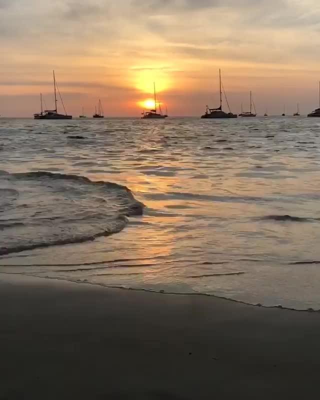 credits - andreea.marcu.23   #NoFilter #timelapse #sunset #sea #sky #beach #perfect #day #seaside #Thailand #holiday #Phuket #wanderlust #travel #trip #boats