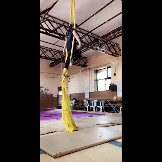 Pooja Hegde performing on the silks. #aerialsilks #poojahegde #fitnessinspo