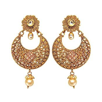 Golden Polki Earring with Pearl Drop 😘😘😘😘 #earrings #earringsswag #earringshop #earringsoftheday #earringsforsale #earringslover #earringsfashion #earringstuds #earringscrystal #earringspearl #ladiesearrings #womenearrings #fashioncrab Buy: https://buff.ly/2HmM0KW
