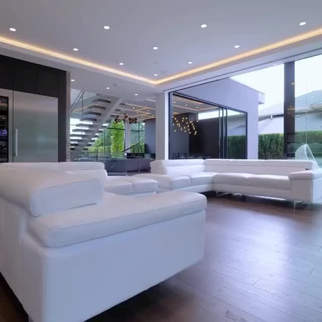 Beautiful Home Interior 😍 #interiors #luxury #luxurylifestyle #homedecor