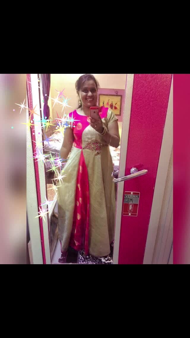 #firstpost #selfie ##mirrorselfies❤ #beingtraditional