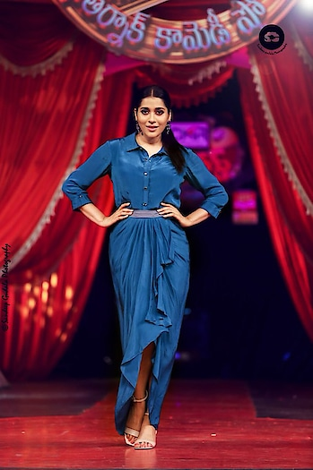 Rashmi Gautam #rashmigautam #southindianactress #teluguactress #tollywoodactress #tollywood #indianactress #indiangirl #indianmodel #southindiangirl #blue #darkblue #fashion #style #indian #bindaas #styles #model #like #designer #trending #actressdress #actressfashion #celebritystyle