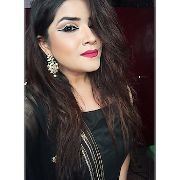 You glow different when you're doing better 💫 #makeup #makeupartist #makeupartistworldwide #wakeupandmakeup #mualife #allmordernmakeup #mua_underdogs #slave2beauty #slayagebeauties #undiscovered_muas #dressyourface #nyxcosmetics #bobbibrown #indianblogger #featuremuas #mattemakeup #cutcrease #cutcreasemakeup #makeuptutorial #beautyjunkie #beautyblogger #makeupblogger #thatwingedeyeblogger #staytuned