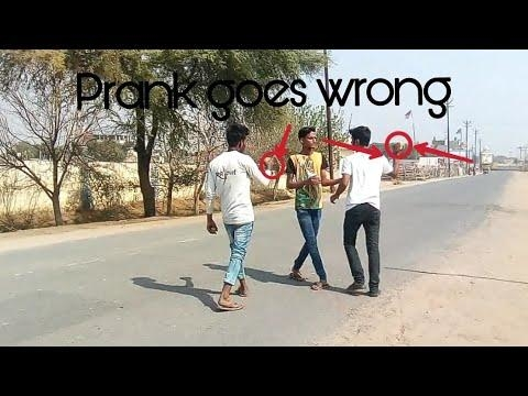 Slaping people in Public prank(Goes wrong) | Prank in India | Latest Prank 2018 |  Ressu Thakur |  #trendingnow #videooftheday #udit thakur#hahtv #video #prank #funnyvines #pagalpanti #comedyvideos