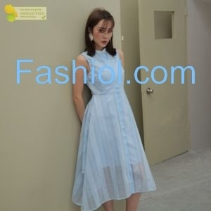 Elegant blue high neck sleeveless dress https://www.fashiol.com/