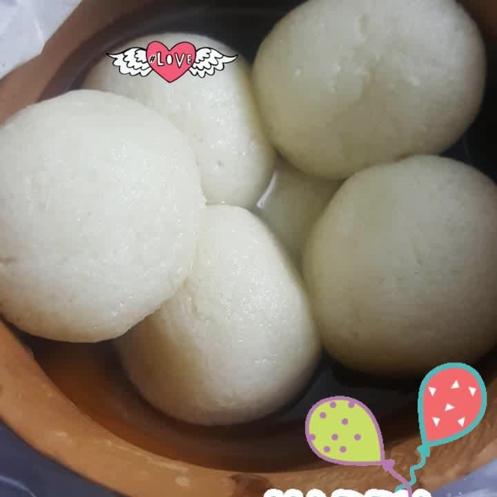 #rasgullas #kolkatacity #loveforwhite #sweettooth #survival #goodmood #happyvibes #happydays #vacationtime #roposo-food #love #happyvibes #love