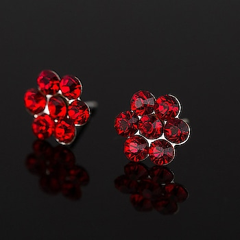 Red Crystal Flower Stud Earring 💎💎💎🌹🌹🌹 #earrings #earringsswag #earringshop #earringsoftheday #earringsforsale  #earringslover #earringsfashion #earringstuds #earringscrystal #earringspearl  #ladiesearrings #womenearrings #fashioncrab Buy: https://buff.ly/2pMR3gu