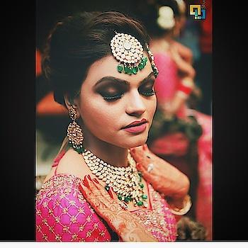 #kohlsmokeyeyes #pinklip #beautifulbrides #bridesofindia #indianbridalmakeup #indianbridalwear #fashion #indianweddings #wedmegood #weddingsofasia #thebigfatpunjabiwedding #glamour #glamdolls #makeupbysurkhabanjum